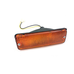 HILUX RN55 FRONT LAMP
